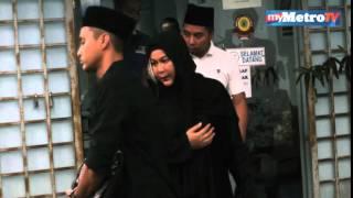 Erma Fatima bercerai