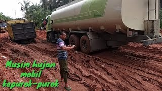 Download Video Musim hujan mobil kepurok-purok MP3 3GP MP4