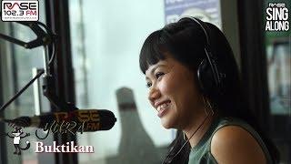Video Yura Yunita - Buktikan ( Live Rase Sing Along) download MP3, 3GP, MP4, WEBM, AVI, FLV Desember 2017