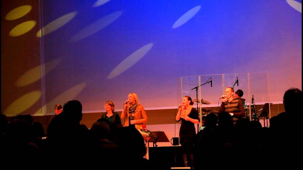 Lobpreis im Gospel Forum - YouTube