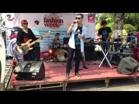 WHITELY (Cover Eaa - Coboy Junior)  (Cover Fall For You - Secondhand Serenade)