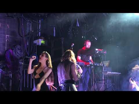 Fischerspooner - Togetherness (feat. Caroline Polachek) – LIVE @ Brooklyn Steel (10/27/17)