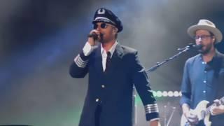 Dierks Bentley 1/19/2017 Drunk on a Plane Encore