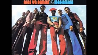 Kay-Gees - Keep On Bumpin