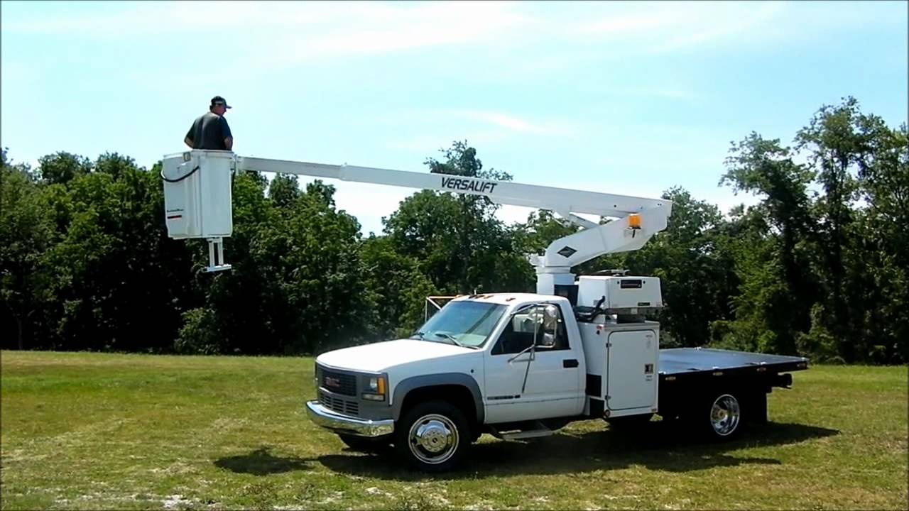 Telsta Flatbed Bucket Truck for sale