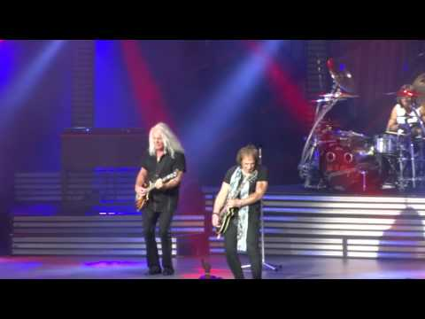 """REO Speedwagon """"Can't Fight This Feeling"""" Klipsch Music Center, Noblesville, IN 7/27/2017"""