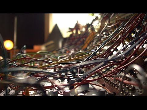 Let's Patch - Modular Synthesizer Experiments with Colin Benders 3: Derping around with rhythms