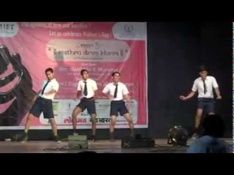 Chil chil chilla ke kajri sunaye by Firangi group