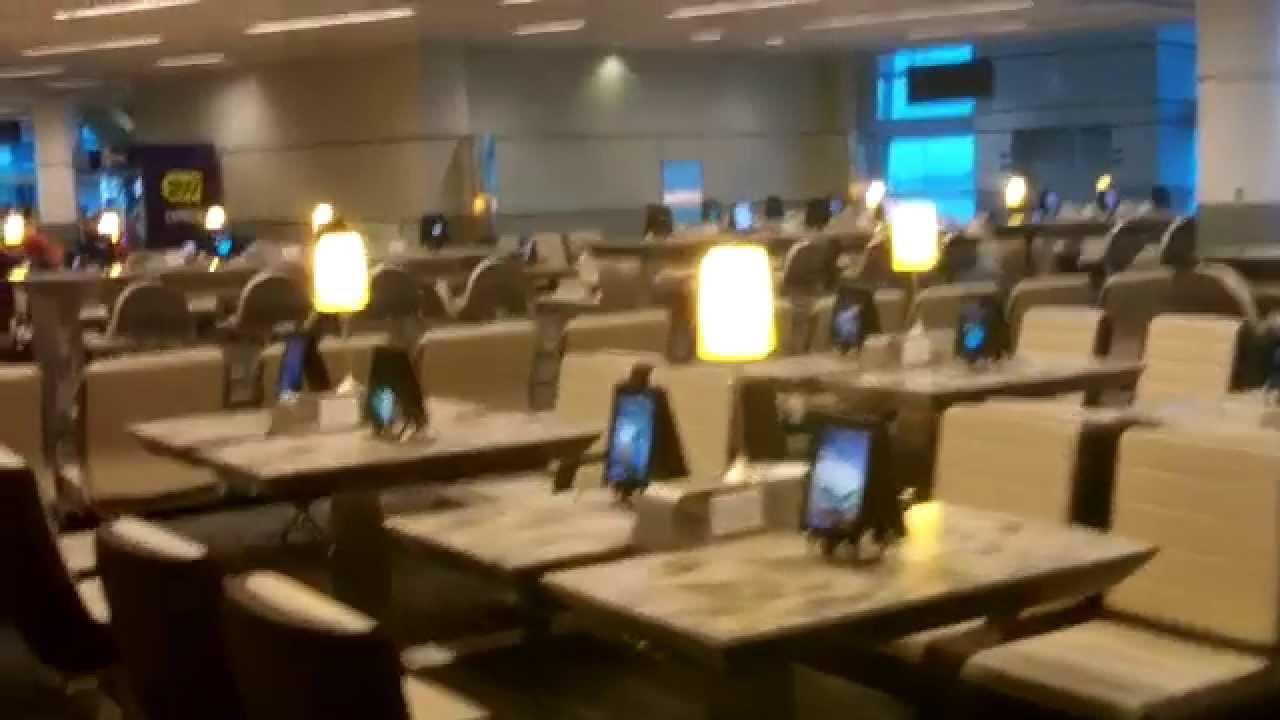 IPad Lounge At Pearson International Airport In Toronto