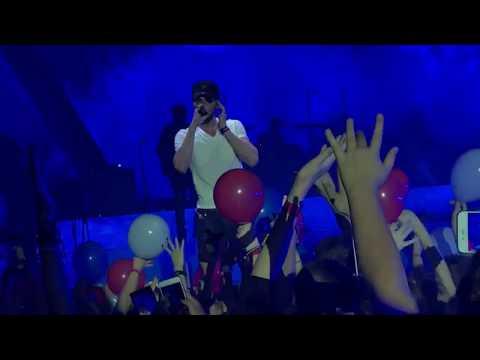 Enrique Iglesias - SUBEME LA RADIO Praha 8.5.2018