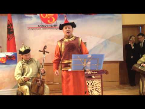 Mongolian singing Albanian folk songs