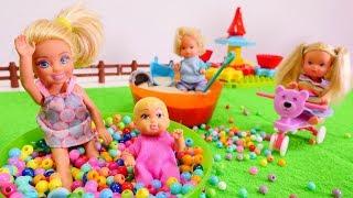 barbie ve cocuklar oyun parkna gidiyorlar kz oyuncaklar