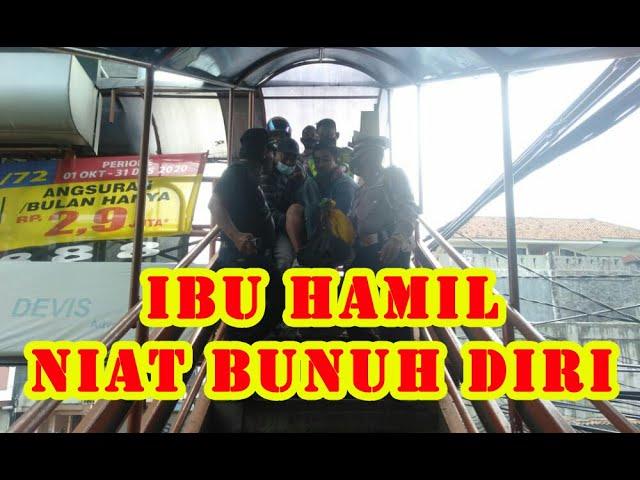 Gak Punya Ongkos, Ibu Hamil Niat Loncat Dari Jembatan