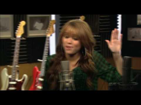 BOLT Musikvideo - Miley Cyrus+John Travolta 16x9