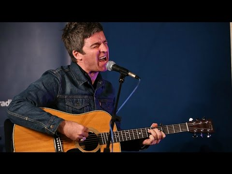 "Noel Gallagher - ""The Mastertapes"" Session (Maida Vale Studios 24.11.14)"