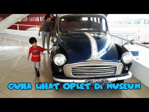Guna lihat mobil Oplet di museum🚌 🚍 🚎 🚏 🚐🚌 🚍 🚎 🚏 🚐