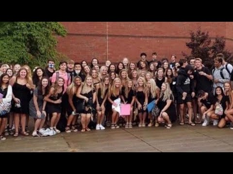 COVID-19 Surge at Georgia School After Mask-less Group Photo