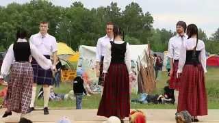 Этнофестиваль 2015 - Шотландский танец - Любовь и флирт(, 2015-06-13T02:09:55.000Z)