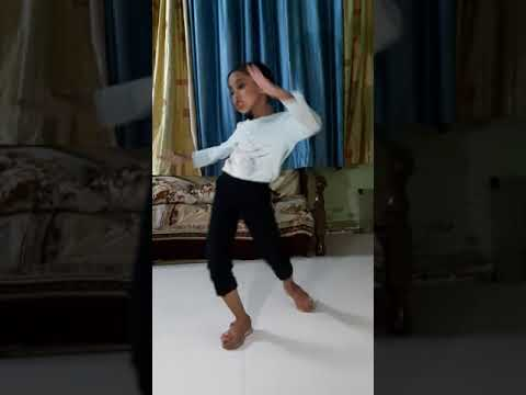 Best zumba dance by little girl