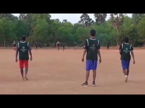 Auroville Hat 2015 Ultimate Frisbee India - Quarter Final Black Vs Dark Green