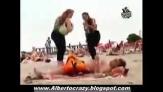 События ***Скрытая камера на пляже!!! Хохма!!!***(События ***Скрытая камера на пляже!!! Хохма!!!*** Любопытству женщин нет предела! Вот это хохма, так хохма!!! Виде..., 2015-01-08T18:02:25.000Z)