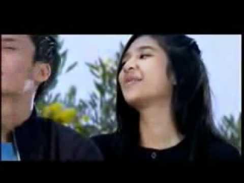Randy Pangalila  Mikha Tambayong - Sentuhan Rasa (OST. Nada Cinta) [www.keepvid.com].3gp