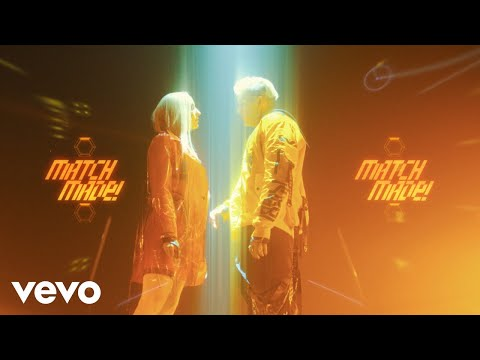 Смотреть клип Domino Saints - Dancefreak