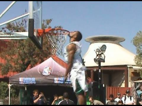 """TFB::Dunks:: 5'10"""" Young Hollywood KISSES THE RIM !! ONLY 5'10"""" !!"""