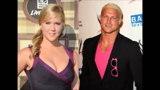 Amy Schumer on dating Dolph Ziggler - Stern Show 08-22-12