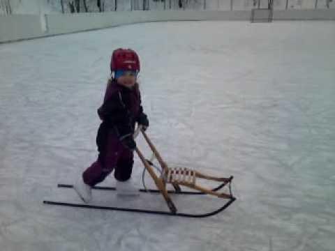 Lära barn åka skridskor