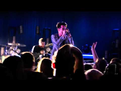 LA Devotee - Panic! At The Disco - (Live At (Le) Poisson Rouge) 1/14