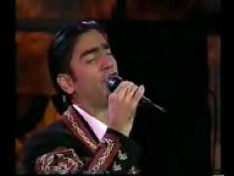 Alejandro Fernandez La Enrramada Escuchen La Musica De Enmedio Chencho Hernandez En La Trompeta Youtube