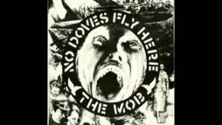 The Mob - No Doves Fly Here EP (1981)