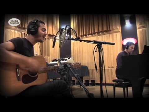 Editors - Eat Raw Meat = Blood Drool (Live acoustic at stubru)
