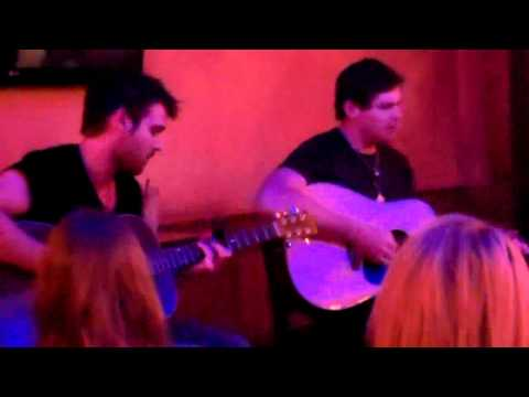 Randy Montana - Ain't Much Left Of Lovin You - Live Acoustic