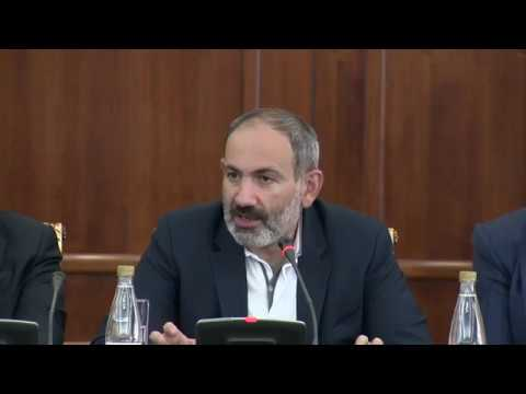 Никол Пашинян собрал армянских бизнесменов в Санкт Петербурге