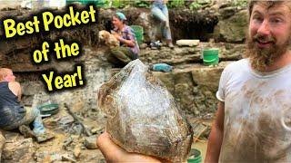 Finding Black Herkimer Diamond Crystal Treasure in New York | Quartz Gemstone Mining