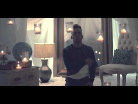 El Nombre De Jesus - Redimi2 Feat Christine D'clario (video Oficial)