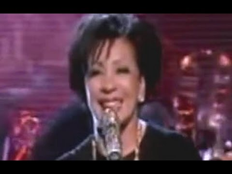 Shirley Bassey - The Girl From Tiger Bay (Graham Norton Show)  (2009 Live)