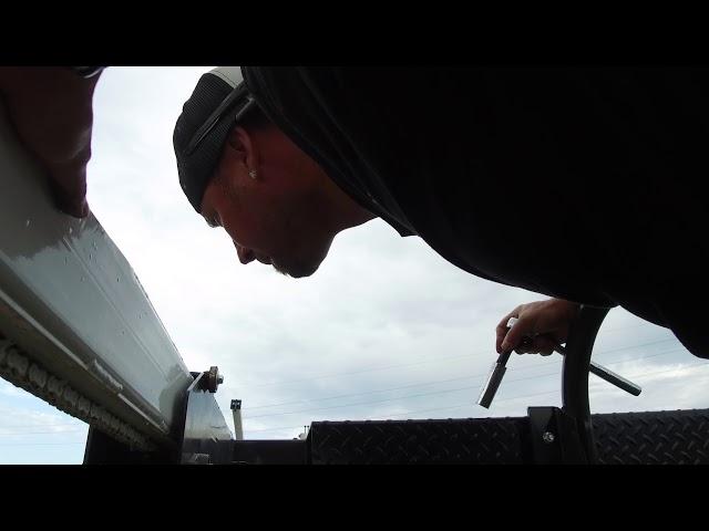 Adjusting the front drive shaft