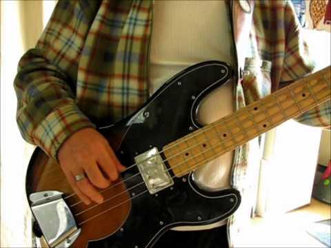 Squier Vintage Modified Precision Bass TB 2.wmv