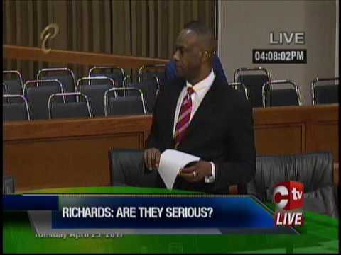 Independent Senator Knocks Shortened Lunch Break For Students