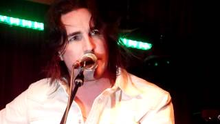 Jake Owen singing Merle Haggard's My Favorite Memory