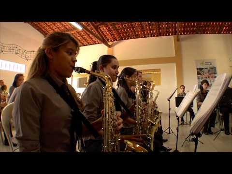 Music lifting women out of poverty - Brazil.