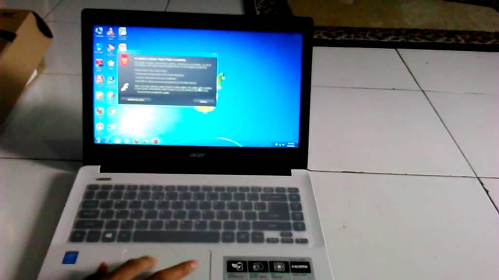 Acer Aspire E5-471G-5558 (NX.MN9SP.001)
