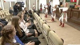 У Менску асудзілі падлетка за зьбіцьцё АМАПу | В Минске осудили подростка за избиение ОМОНа