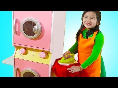 Jannie Pretend Play with Washing Machine Toy