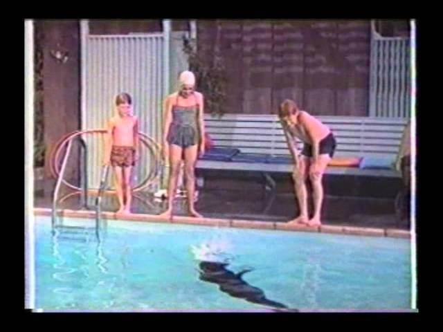 Sammy the Way-Out Seal trailer.wmv