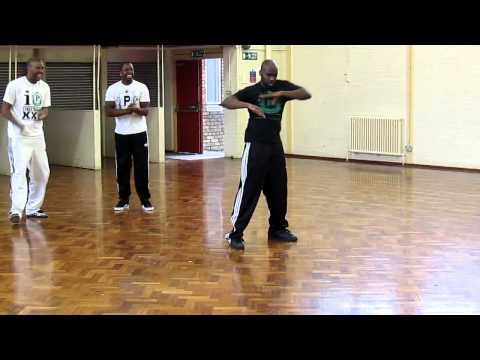 Peridot dance demonstration at Street Beatz workshop