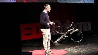 Qualcosa sta accadendo -- B Corp, le imprese For Benefit | Paolo di Cesare | TEDxBologna